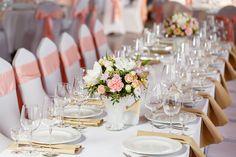 Round Table Settings, Elegant Table Settings, Wedding Table Settings, Cold Wedding, Wedding Dinner, Wedding Reception, Table Wedding, Party Wedding, Wedding Ideas