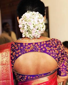 All The Floral Hair Inspiration You Need For Cotton Saree Blouse, Silk Saree Blouse Designs, Blouse Patterns, Sari Blouse, Indian Hairstyles, Cut Hairstyles, Hairdos, Hairstyle Ideas, South Indian Blouse Designs