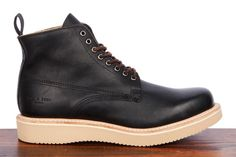 Rag & Bone Fleet boot in black.