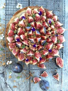 Healthy Dessert Recipes 200691727124412946 - Tarte aux figues Source by vanessapouzet Healthy And Unhealthy Food, Pastry Cook, Vegan Ice Cream, Food Design, Yummy Cakes, Food Art, Eat Cake, Love Food, Kids Meals