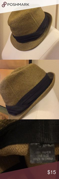 EUC straw fedora with black trim Cool color straw fedora from Nordstrom Nordstrom Accessories Hats