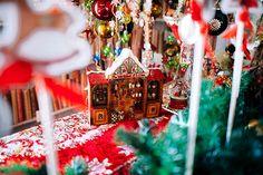 Πανέμορφες ιδέες διακόσμησης για χριστουγεννιάτικη βάπτιση με θέμα τον Καρυοθραύστη - EverAfter Baptism Decorations, Grad Parties, Beautiful Christmas, Advent Calendar, Holiday Decor, Unique, Party, Ideas, Home Decor