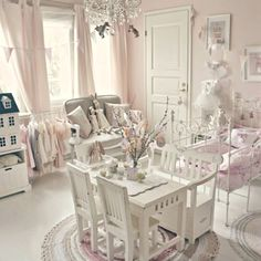 10 Simple Shabby Chic Decor deas To Try For Your Home modern looking shabby chic kids room design Shabby Chic Bedrooms, Shabby Chic Furniture, Shabby Chic Decor, Pink Bedrooms, Bedroom Furniture, Shabby Chic Toy Chest, Shabby Chic Girl Room, Shabby Chic Interiors, Furniture Dolly