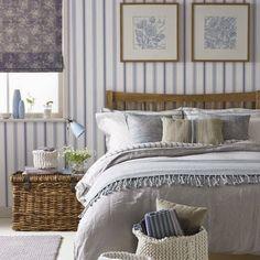 DREAMHOUSE: trä & blått - fin kombo