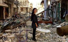 Carla Ortiz, eine in den USA lebende Schauspielerin aus Bolivien, hat acht Monate in Syrien verbracht, um einen Dokumentarfilm über die Rolle der Frauen im Krieg zu drehen. Im Sputnik-Interview erzählt sie auch von der Inkonsequenz westlicher Medien bei der Berichterstattung über den Konflikt.