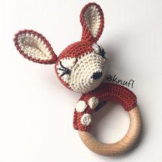 Crocheted rattle/teether with deer - by KNUFL (https://www.etsy.com/shop/knufl)