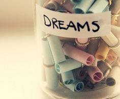 Quanti sogni possono essere chiusi in un barattolo? #dreams #message #desire #Qriosando
