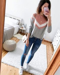 40 Best School Outfits For Teen Girls to Look Cool - Outfits Moda Outfits, Chic Outfits, Trendy Outfits, Fashion Outfits, Cute Fashion, College Outfits, Outfits For Teens, Cute Spring Outfits, Winter Outfits