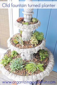 Old fountain turned planter!  This is my next outdoor project..after I finish all the others. :(
