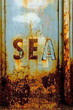 #type #typography #sea
