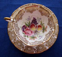 Vintage-PARAGON-BY-APPOINTMENT-GOLD-Floral-FruitTea-Cup-Saucer-Bone-China  $82