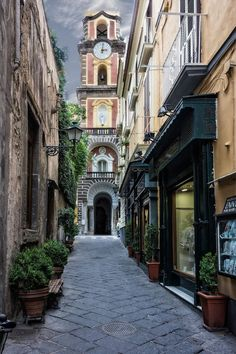 sorrento, italy | villages and towns in europe + travel destinations #wanderlust bucket list travel