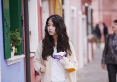 IU's Every End Of The Day MV high-low micro braids <3 <3