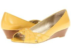 $79   Anne Klein Bitty Yellow Crinkle Patent Synthetic - Zappos.com Free Shipping BOTH Ways