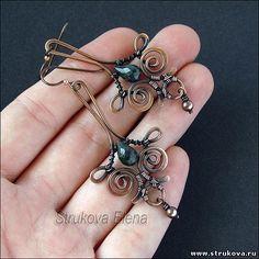 Strukova Elena -so elegant Wire Wrapped Earrings, Wire Earrings, Copper Jewelry, Beaded Jewelry, Handcrafted Jewelry, Earrings Handmade, Ideas Joyería, Wire Jewelry Making, Beads And Wire