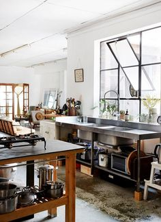 LOVE OR NOT: Industrial kitchens | Image by Sean Fennessy via The Design Files. #industrialdesign