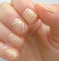 short nails, nail art, Negative space nail art