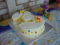 Number 3 Birthday Cake - maybe make it with Upsy Daisy