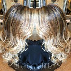 """Freshened up balayage✨"" #notaboxblonde #wella #blondor #freelights #hair #haircolor #highlight #balayage #balayagehighlights #hairpainting #stretchedroot #kerastase"