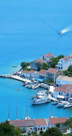 A Port and Town in Kefalonia Greece Beautiful Islands, Beautiful Places, Places To Travel, Places To See, Travel Around The World, Around The Worlds, Empire Ottoman, Greek Isles, Holiday Places