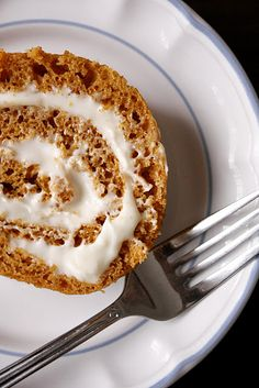 cream cheese pumpkin roll