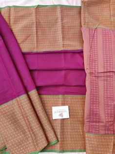 Magenta colour kanchi Cotton saree with Thread woven Border and pallu & Running Blouse