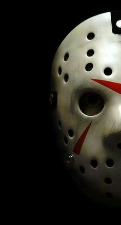 jason voorhees Halloween may be long over, but theres no bad time to put on a good old-fashioned horror flick. Many have said that horror is a dying genre, and that modern horror cant h Jason Friday, Friday The 13th, Horror Movie Characters, Horror Movies, Horror Villains, Comedy Movies, Films, Jason Voorhees Wallpaper, Friday Film