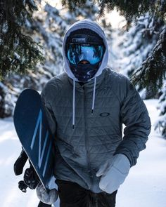 43 First Snow Outfit Ideas for Men to Try Style Style Snowboard ? Ski Outfit Herren, Snowboarding Photography, Summer Vacation Spots, Fun Winter Activities, Snowboarding Outfit, Snow Outfit, Outfits Damen, Winter Hiking, Ski And Snowboard