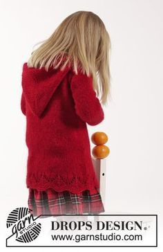 """Bright Sally - Knitted DROPS jacket with cables, lace pattern and hood in """"Alpaca"""" and """"Kid-Silk"""". - Free pattern by DROPS Design Baby Knitting Patterns, Knitting For Kids, Free Knitting, Drops Design, Knit Cardigan Pattern, Toddler Sweater, Knitted Coat, Alpacas, Baby Sweaters"""