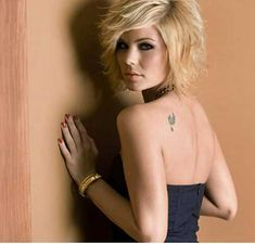 Lovely Blonde Layered Bob Hairstyle Layered Bob Hairstyles, Popular Short Hairstyles, Blonde Bob Hairstyles, 2015 Hairstyles, Bob Haircuts, Short Hair Cuts, Short Sassy Hair, Straight Hair, Short Hair Styles