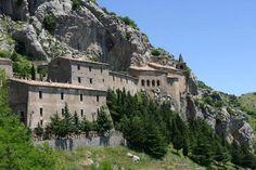 Il Santuario di Santa Maria delle Armi è tra i più pregevoli complessi monumentali, di origine medievale, della Calabria. Si trova nel territorio di Cerchiara di Calabria alle pendici del monte Sellaro a 1015 m s.l.m. con vista straordinaria sulla pianura di Sibari e sul golfo di Taranto. L'odierno santuario sorge su un antico sito monantisco bizantino, alle pendici del monte Sellaro. Dal '500 il santuario è gestito direttamente dai rappresentati della comunità civica di Cerchiara.