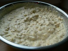 Jablkové lívance Czech Recipes, Ethnic Recipes, Czech Food, Hummus, Oatmeal, Anna, Breakfast, The Oatmeal, Morning Coffee