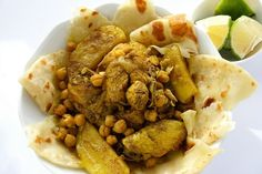 Chicken curry | 21 Delicious Foods From Barbados Everyone Should Know And Love http://www.cosmopolitan.com.au/health-lifestyle/healthy-eating/2010/7/rihannas-bajan-chicken-curry/