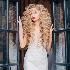 Long Wavy Cosplay Black Purple White Red Pink Blue Blonde Orange Slive – iloverbeauty Long Face Hairstyles, Frontal Hairstyles, Permed Hairstyles, Wedding Hairstyles, Long Hair With Bangs, Big Hair, Wig Styles, Curly Hair Styles, Lace Front Wigs