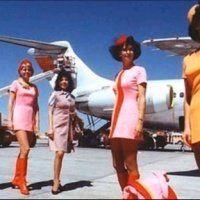 l'époque quand les filles étaient belles ! regardez les mini-jupes woowho ! la vie avant 1969 Tabarnak !