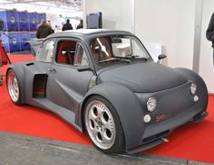 Fiat 500 with Lamborghini V12 588hp