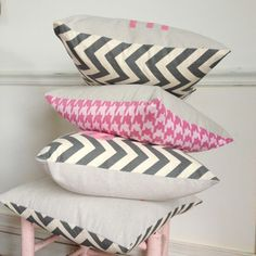 #gray #chevron #pink #houndstooth #hearts #pillows