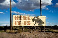 15 only-in-America sights you'll see on a Route 66 road trip Route 66 Road Trip, Travel Route, Travel Oklahoma, Only In America, Holidays To Mexico, Historic Route 66, Senior Trip, Roadside Attractions, Travel Humor