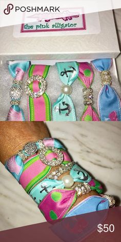 """Summer Beach Magnetic Ribbon Bracelet Set Newvin box stunning set of 5 pink Alligator boutique magnetic ribbon bracelets made with clams, whales, anchors, stripes and Polka Dots. Wear together or separately...5 looks for summer! Perfect gift 💕 bracelets measure approx 7"""" Jewelry Bracelets"""