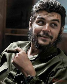 by Elliott Erwitt / Che Guevara, Havana, 1964 (photo colorisée) Robert Frank, Che Guevara Photos, Che Quevara, Ernesto Che Guevara, Elliott Erwitt, Fidel Castro, Robert Doisneau, Magnum Photos, Portrait Photo