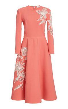 Get inspired and discover Oscar de la Renta trunkshow! Shop the latest Oscar de la Renta collection at Moda Operandi. Lovely Dresses, Simple Dresses, Dolce & Gabbana, Coat Dress, Dress Up, Sunday Dress, Royal Clothing, Elegant Outfit, Look Chic