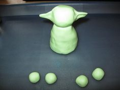 Yoda cake topper tutorial