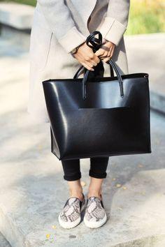 Minimal + Chic handbag