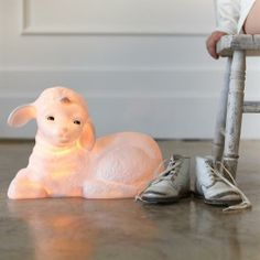 Lamb lamp for nursery , very sweet! Christmas Gift Guide, Christmas Gifts, Retro Lamp, Night Lamps, Winter Warmers, House And Home Magazine, Rubber Duck, Kids Bedroom, Kids Rooms