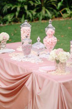 A pretty in pink wedding candy bar Wedding Candy, Diy Wedding, Dream Wedding, Wedding Ideas, Purple Wedding, Wedding Themes, Wedding Bells, Gold Wedding, Wedding Decor