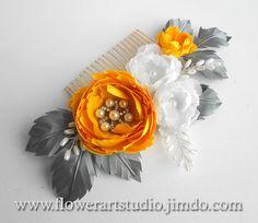 Flor amarillo, gris y blanco peine nupcial peine nupcial casco, perla y flor, flor de amarillo y gris pelo novia, nupcial peine.