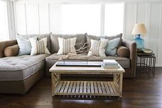 CHIC COASTAL LIVING: Coastal Living's 2011 Ultimate Beach House Interior Decorator {Phoebe Howard}