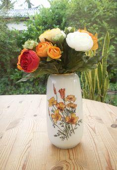 Håndmalet porcelæns vase