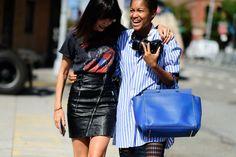 En paralelo a las pasarelas de la firmas ready-to wear, donde podemos ver las propuestas que los grandes de la moda ofrecen para el próximo año, los street styles son un foco importante para confir…