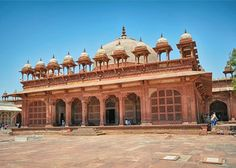 Fatehpur Sikri — The capital of the Mughal emperor Akbar for a duration of 14 years, derives its name from a small village Sikri. The land also marks the victory of Babar over RanaSanga. The Sikripremises has the mausoleum of Sheikh SalimChisti. Find My Stay offering 5 star hotels near taj mahal in Agra with affordable price. Now Call us on +91-8010322000 for instant booking confirmation.